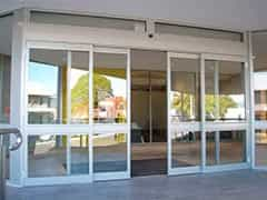 Porta de correr automática de vidro