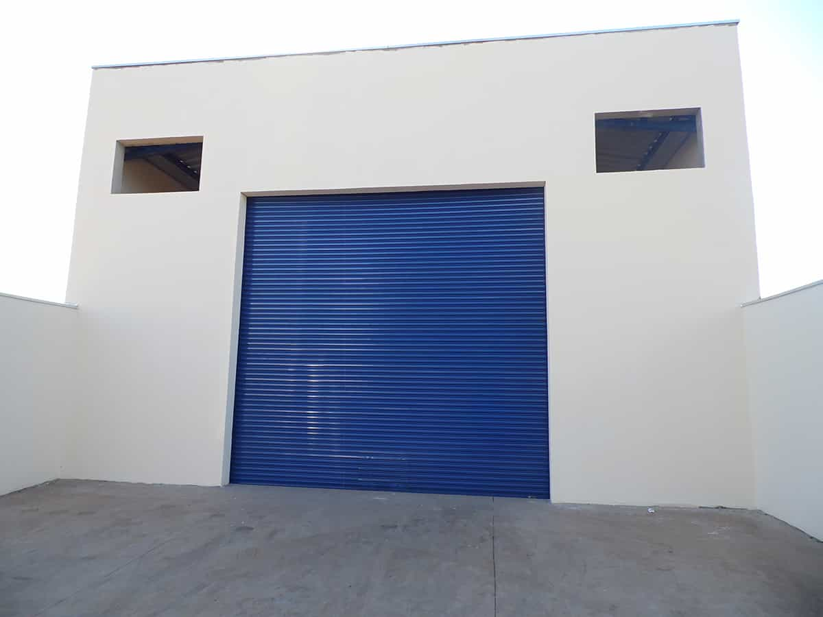 porta balcão de ferro